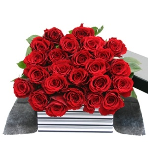 24 Red Roses FREE Chocolates